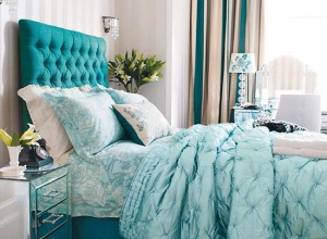 Draperii și cuverturi pentru dormitor